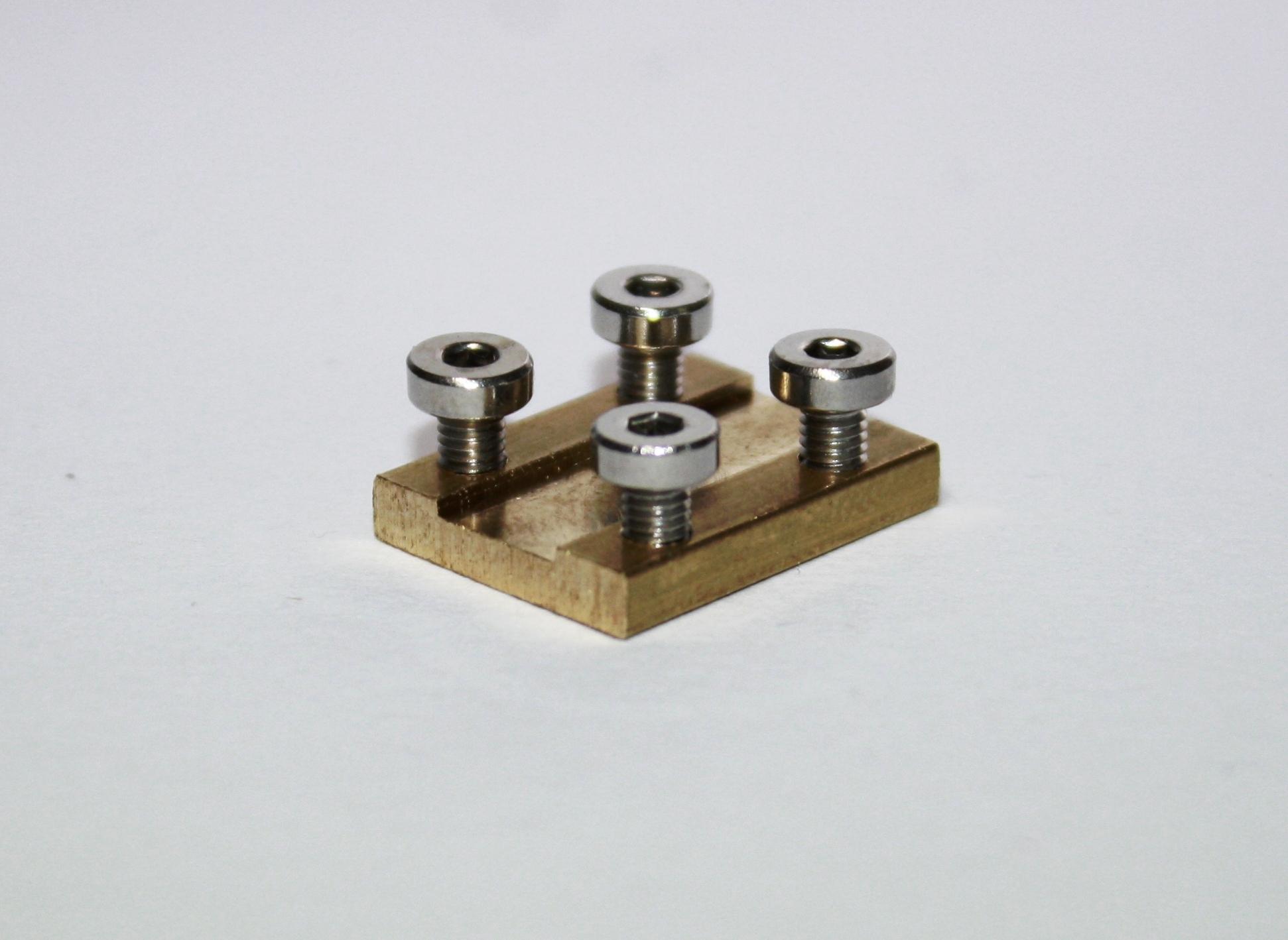 ! Schraubbare  Isolier Gleisverbinder für die Spur G   10 Stück NEU